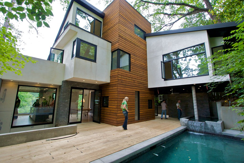 Modern home in atlanta ga on the ma hometour kevin Modern houses in atlanta