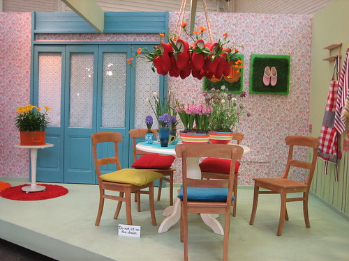 Really cute dining room design i love it so cute but for Cute dining room ideas