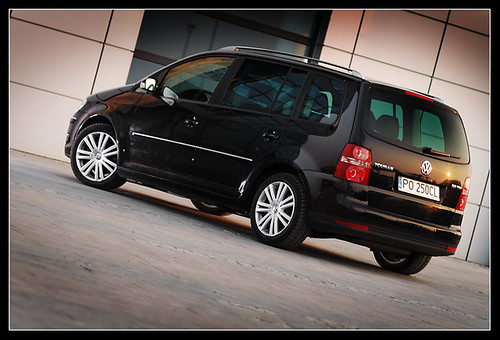VW Touran | by mr.qcor