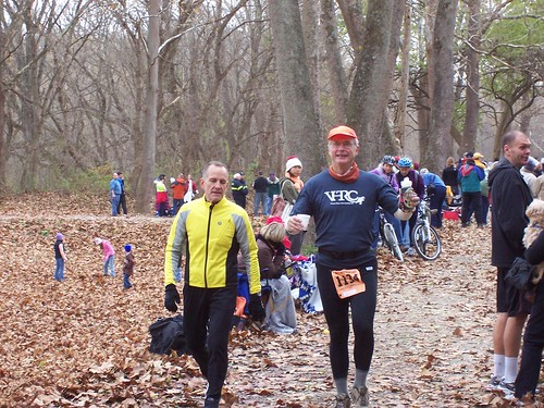 Hero of the day, Alan Gowen, with a JFK runner at Antietam | by vhtrc