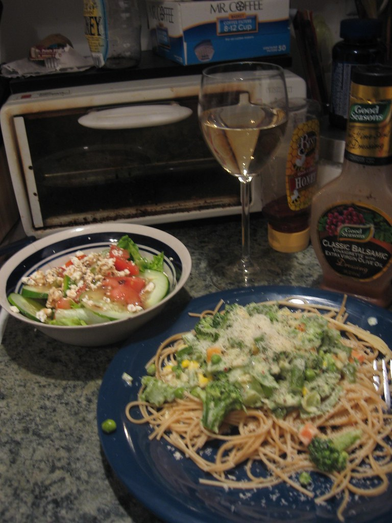 Pasta primavera salad and a fish eye pinot grigio flickr for Fish eye pinot grigio
