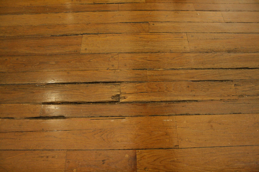 Old Splintered Wooden Floor At Macy S Macy S Is Old