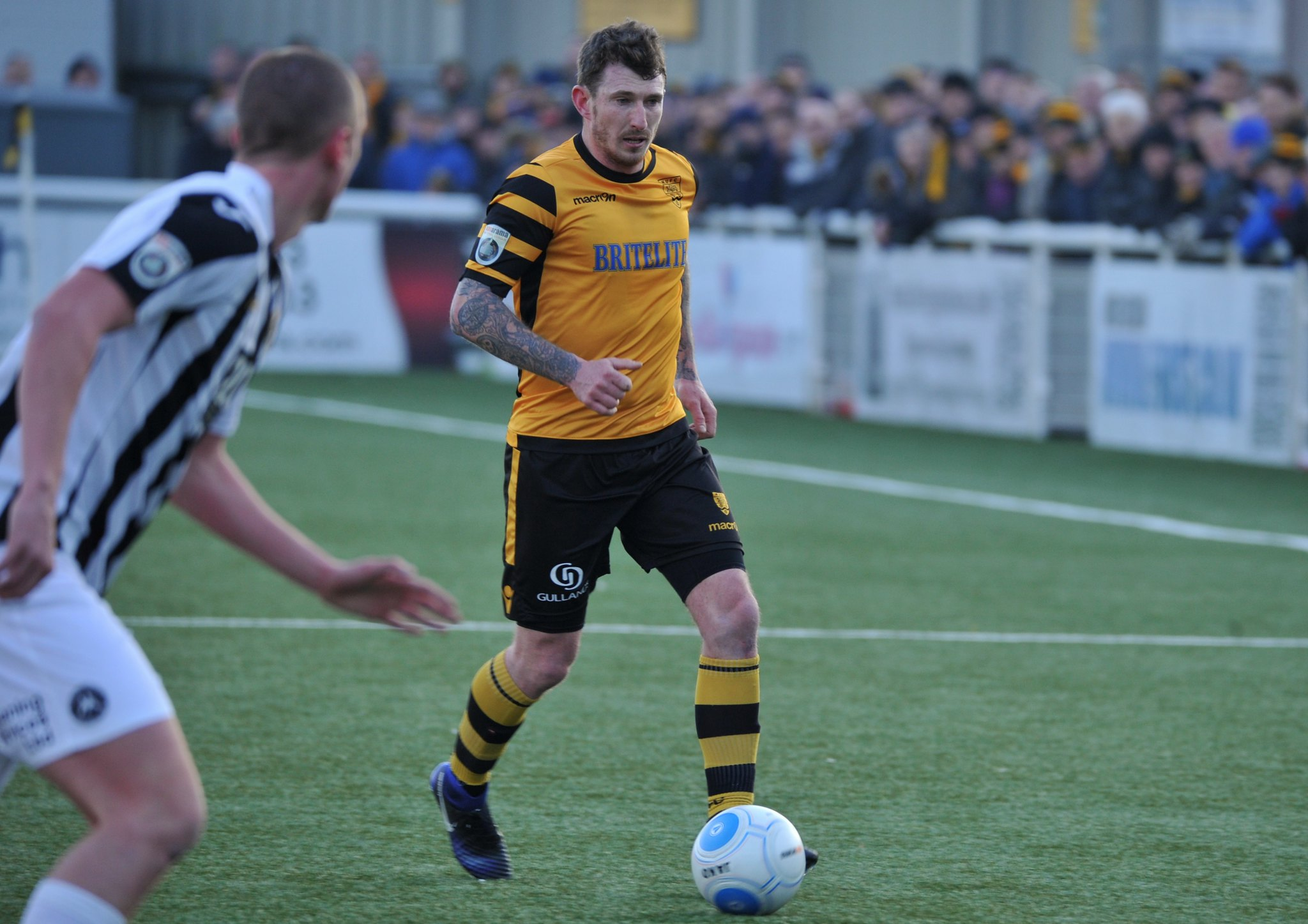 Maidstone United v Torquay United 204