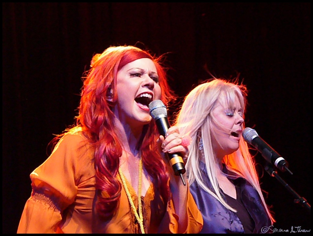 Kate Pierson & Cindy Wilson of The B-52's - 116/365+1 - 04… | Flickr