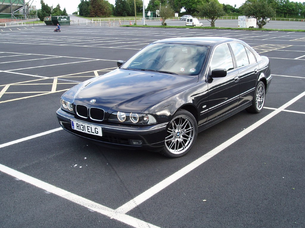 bmw e39 523i review