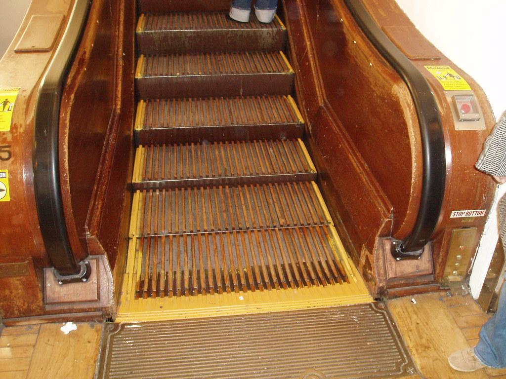 Old Fashioned Escalator In Macy S Herald Square Rustinpc