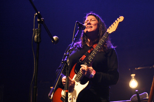 Kim Deal | by 1ieve