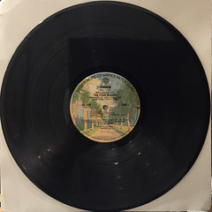 THE FOUR SEASONS:WHO LOVES YOU(RECORD SIDE-A)