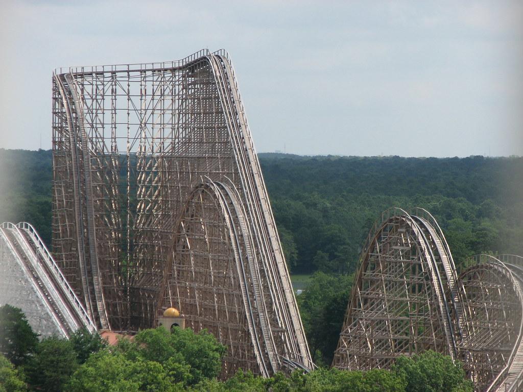 el toro roller coaster a picture of el toro at six flags
