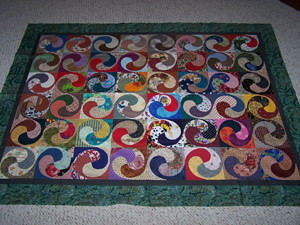 Spiral Quilt | My mom started this quilt as a scrap quilt, a… | Flickr : spiral quilts - Adamdwight.com