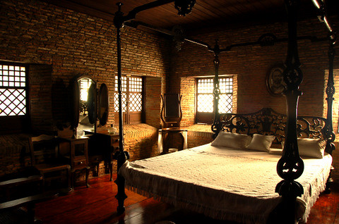 Juan Luna S Bedroom Nena Flickr
