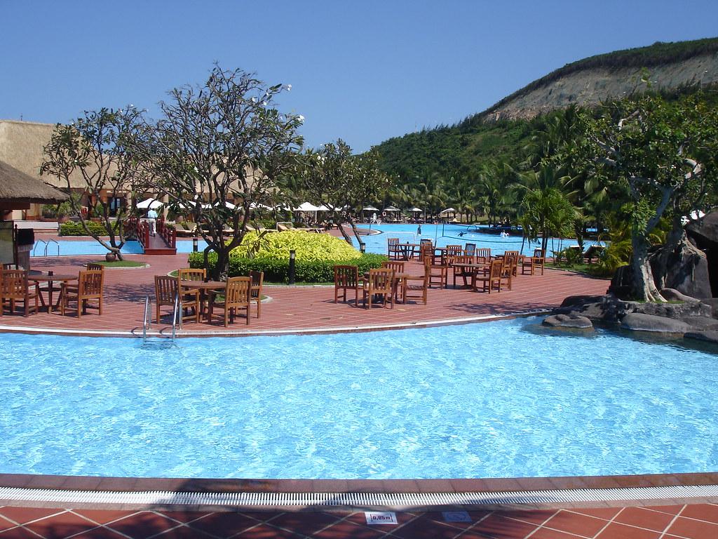 Best Swimming Pool In South East Asia Vinpearl Best Swim Flickr