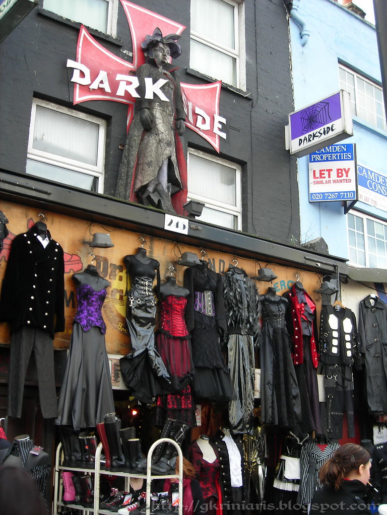 goth store at camden high street goth store at camden. Black Bedroom Furniture Sets. Home Design Ideas