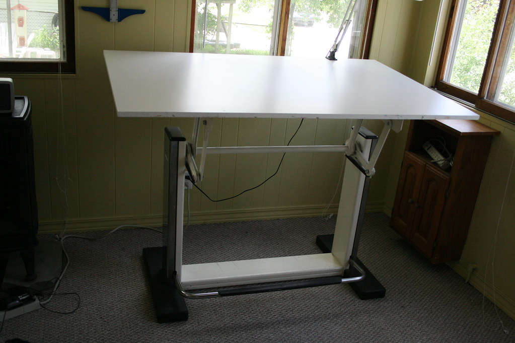 Drafting Table For Sale This Is An Awesome Table