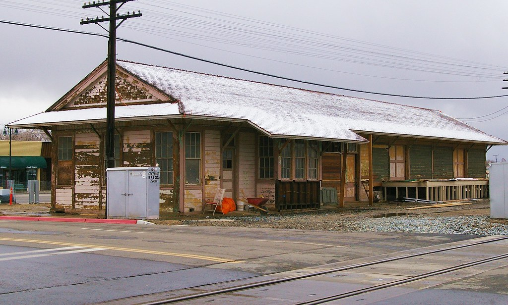 Southern Ca Fire >> Tehachapi, CA train station (destroyed by fire 6/13/08) | Flickr