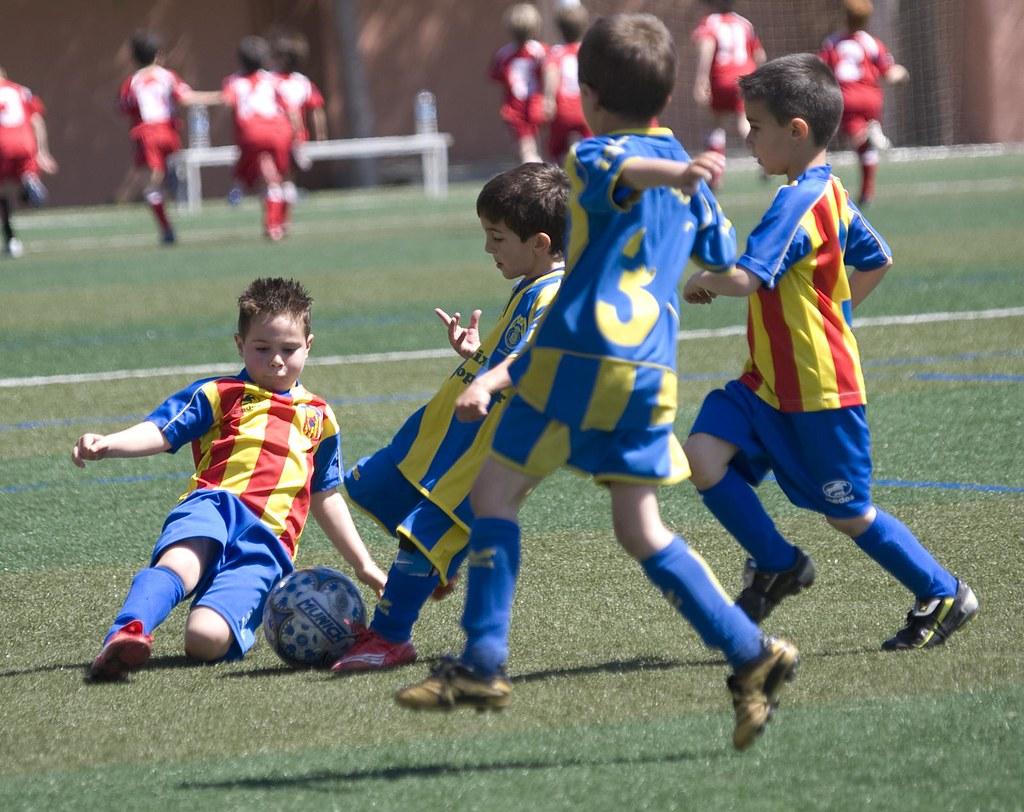 Por Qué Se Juega Al Fútbol Con 11 Jugadores Por Equipo: Partido En Massamagrell Partido