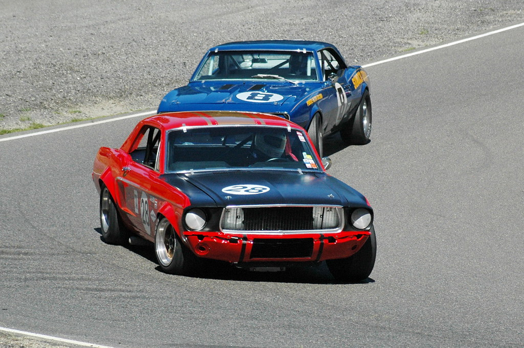 2007 Mustang >> Mustang vs. Camaro | It looks like a 1968 Trans-Am race at t… | Flickr