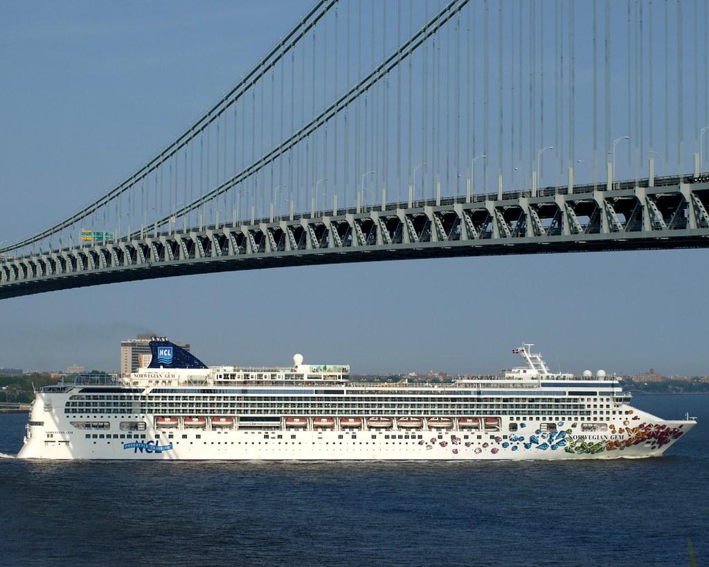 NORWEGIAN GEM Cruise Ship At The VerrazanoNarrows Bridge Flickr - Norwegian gem cruise ship