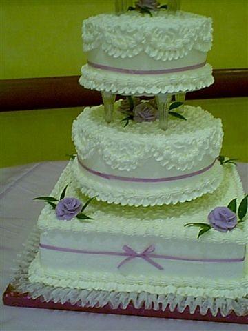 Cornelli Lace Cake Design