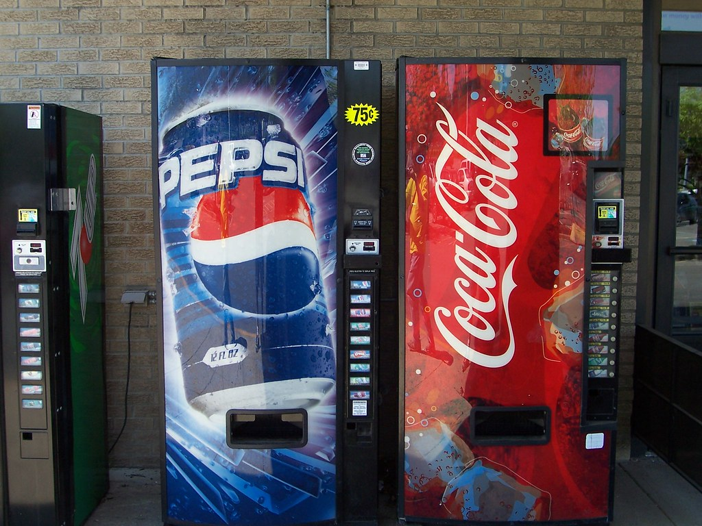 Pepsi and Coke Vending Machines | Some fairly recent Pepsi ... | 1024 x 768 jpeg 211kB