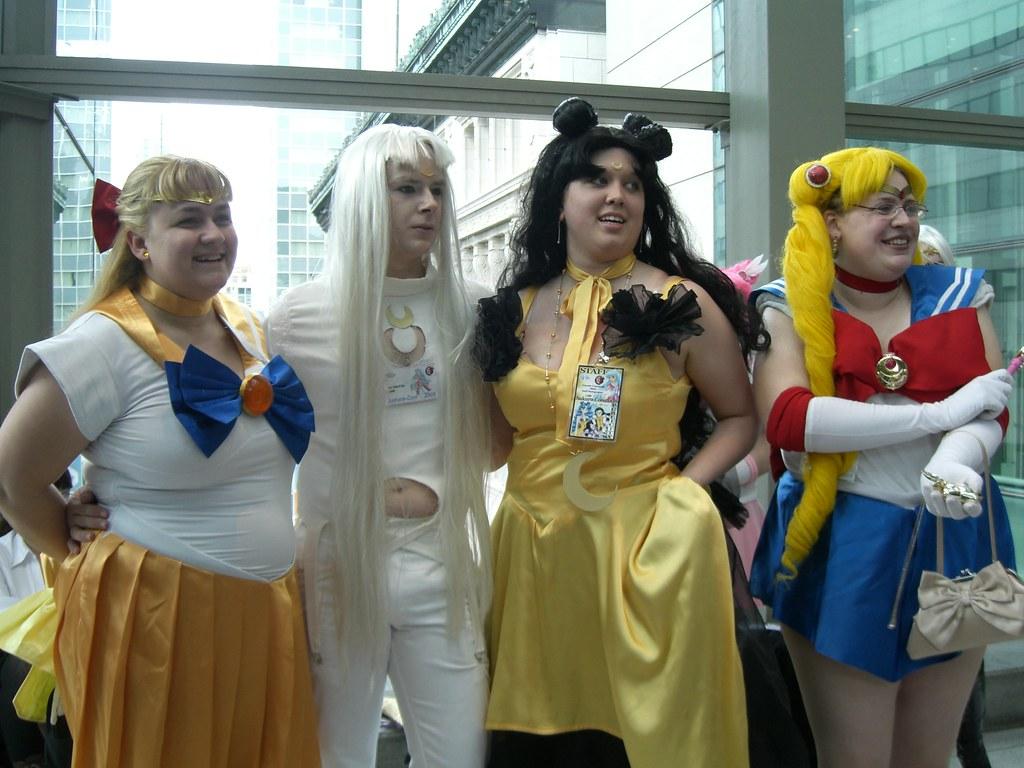 Sailor venus, sailor moon (me), Luna and Artemis in their … | Flickr