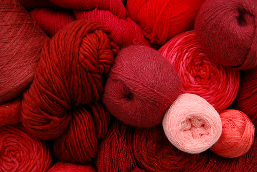 Red yarn_r 1:366 | by MiniLaura