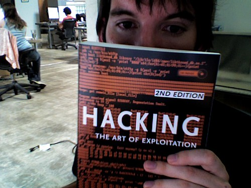 Hacking: The Art of Exploitation | by RobotSkirts