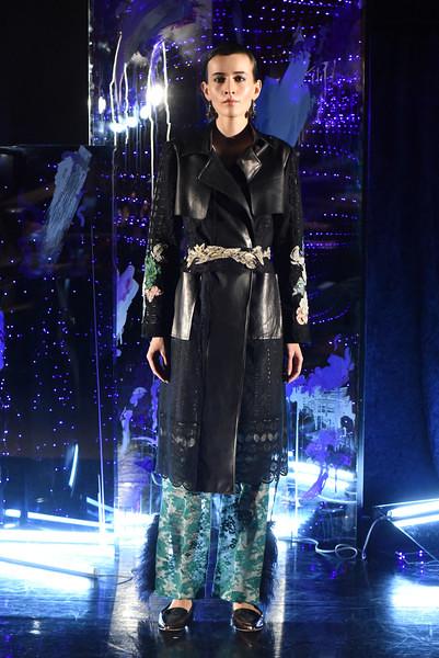 8-yuna-yang-newyorkfashionweek-nyfw-nyc-fallwinter2017-runway-couture-fashionshow