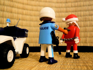 Le Père Noël arrêté // Santa under arrest | by DocChewbacca