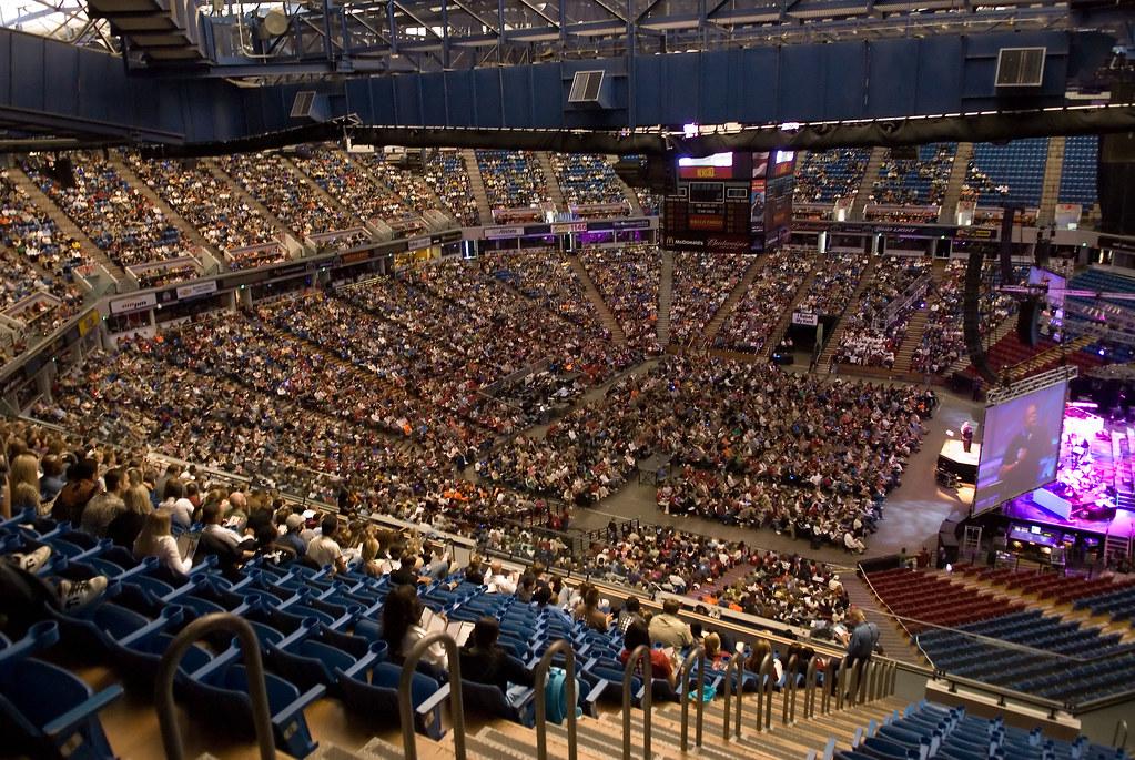 Sherwood Carthen Crowd | Bayside Church rented Arco Arena ...