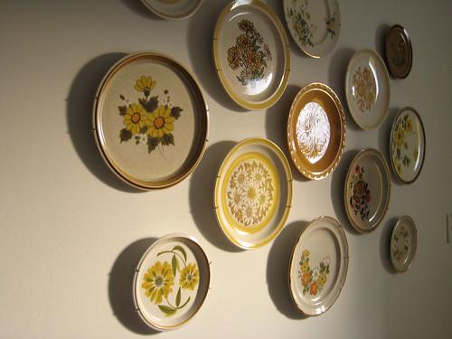 Kitchen Wall Plate Hanger