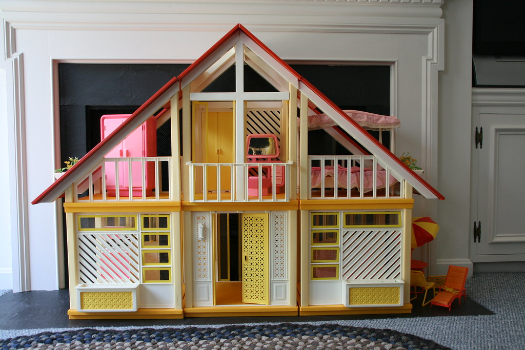 how to put together barbie dream house