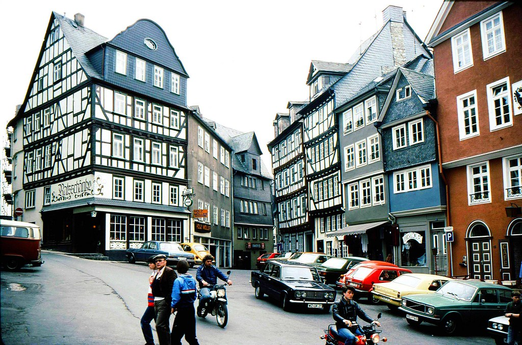Old Fashioned Cars >> Wetzlar, Germany | This is the town Wetzlar in Germany. I ...