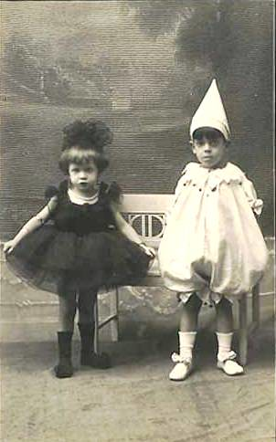 Vintage Children ~ Kids in Costume | Old vintage photo ...