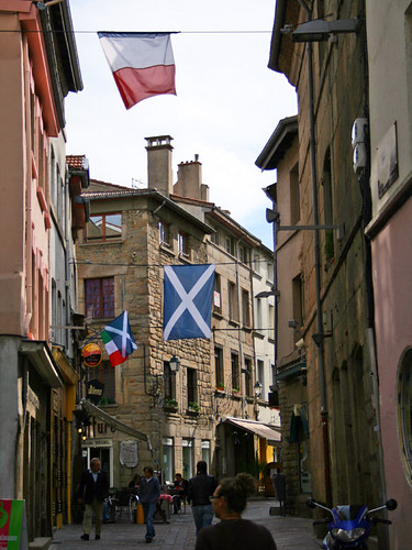 flags waving italian and scottish flags in the st etienne 39 ren querin flickr. Black Bedroom Furniture Sets. Home Design Ideas