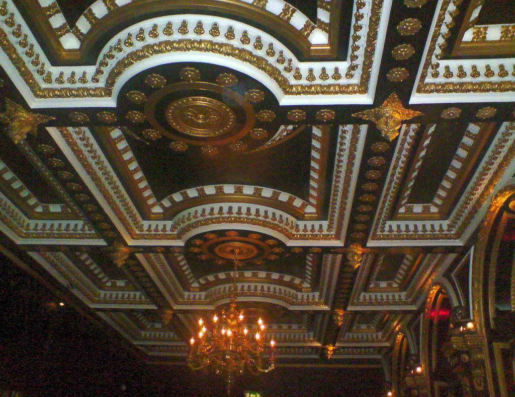 White Ceiling Bar Restaurant