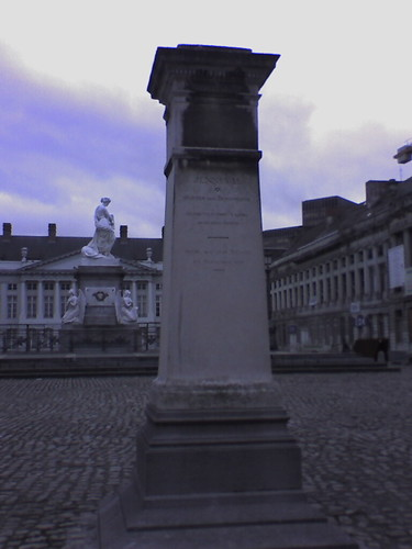 Monument to Jenneval, Martyrs' Square - Place des Martyrs - Martelaarsplaats 3 | by historic.brussels