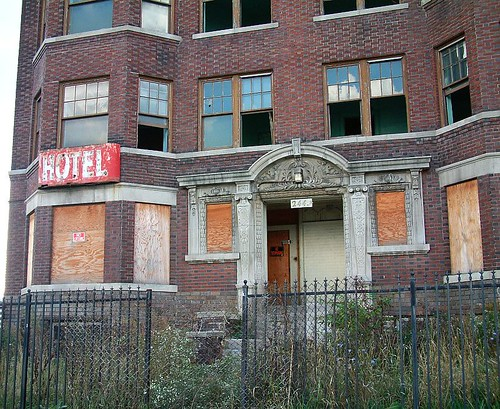 abandoned hotel ansonia in downtown detroit an abandoned. Black Bedroom Furniture Sets. Home Design Ideas