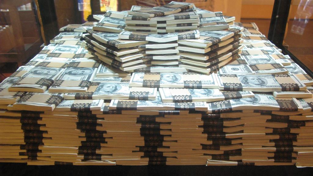 one million dollars trontnort flickr. Black Bedroom Furniture Sets. Home Design Ideas