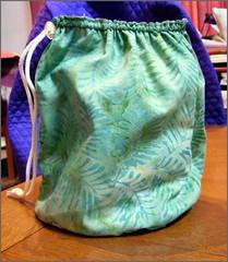 Knit2 bag in green batik fabric
