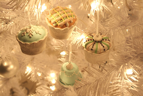 Little Cake Ornaments | by tiny muffins