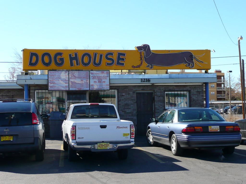 Albuquerque nm dog house hot dogs day armyarch flickr for Dog house albuquerque