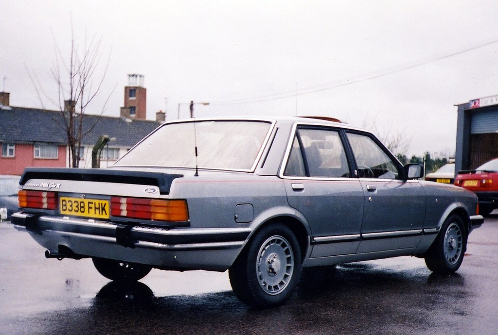 1984 ford granada ghia x i owned this granada for. Black Bedroom Furniture Sets. Home Design Ideas