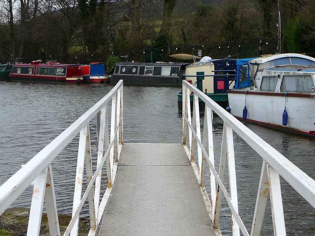 Swinging bridge to nowhere