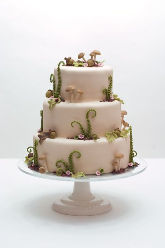 Woodsy Wedding Cake For More Amazing Cakes Visit Www