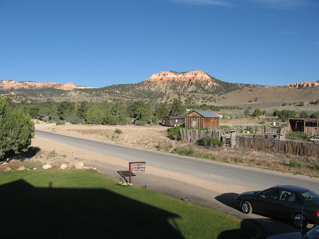 Bryce Trails Bed And Breakfast Tropic Ut