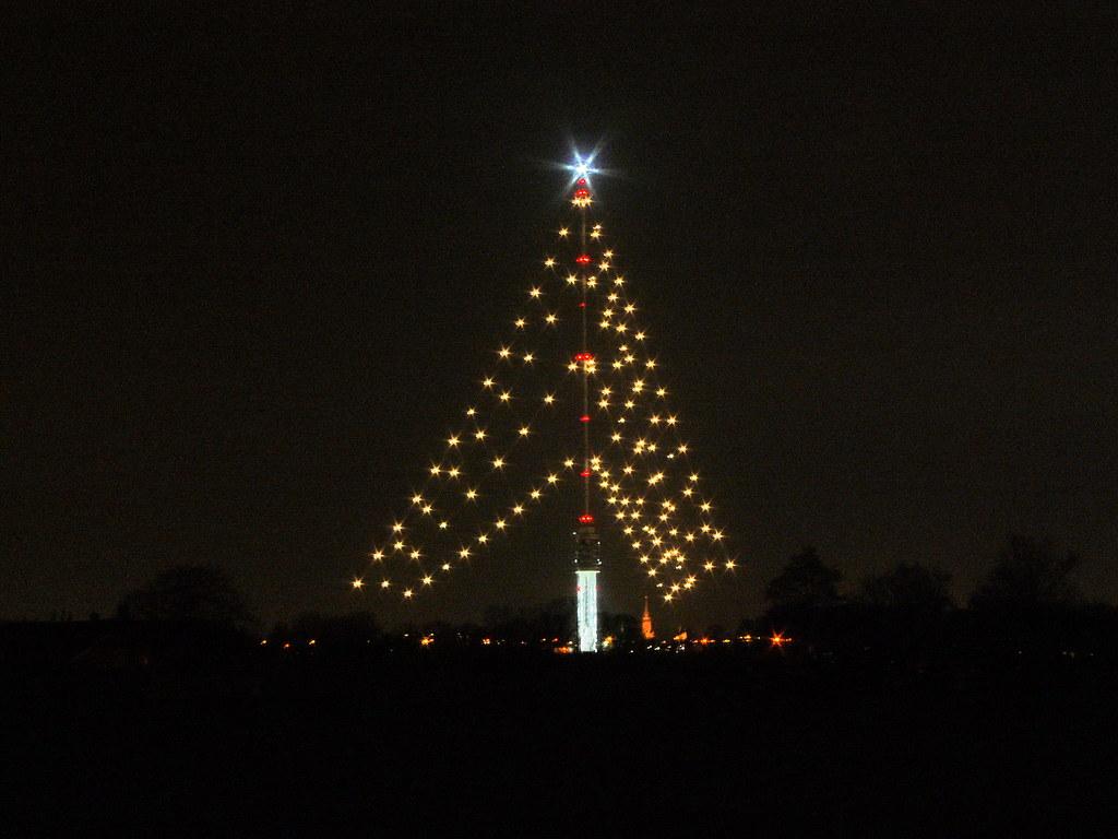 Kerstboom IJsselstein gaat 6/1 uit ! | De zendmast Lopik ...