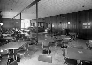 Henderson Hall, VA NCO Club lounge 1 September 1952 | Flickr
