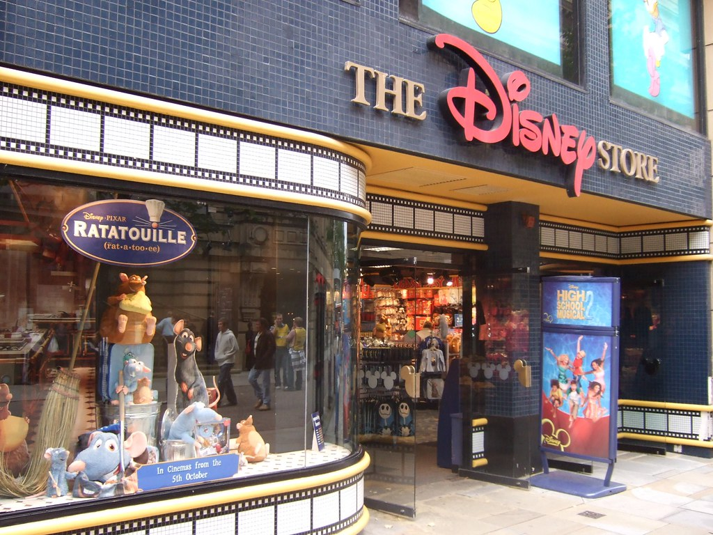 Disney Store Manchester The Disney Store In St Ann S
