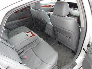2006 toyota avalon limited 14 reclining rear seats. Black Bedroom Furniture Sets. Home Design Ideas